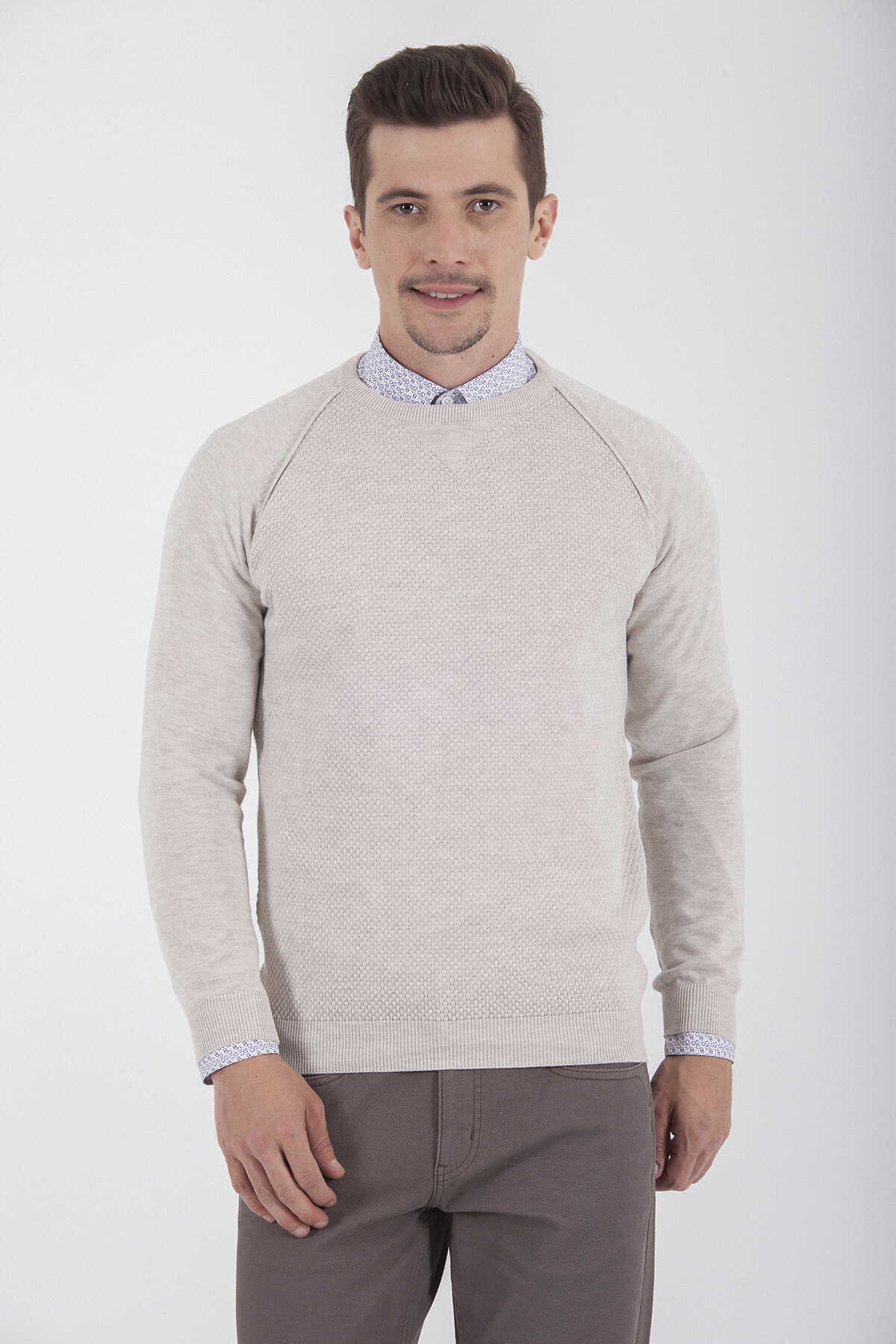 HTML - Crew Neck Beige Sweater
