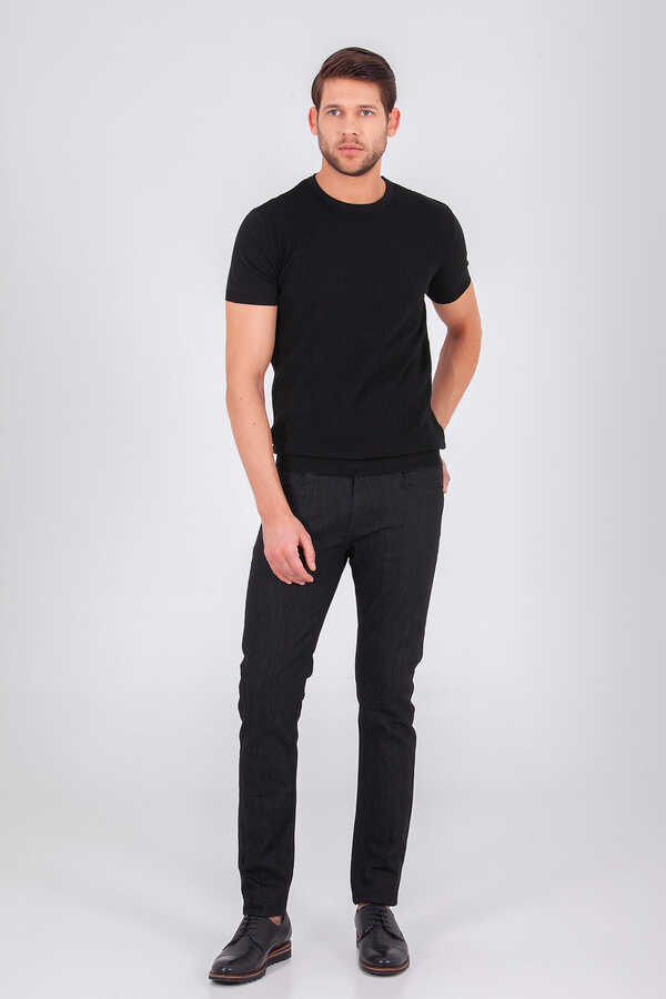 Hatem Saykı - Black Basic Crew Neck T-shirt