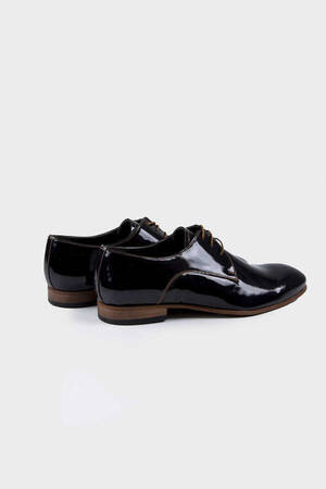 Black Classic Oxford Shoes