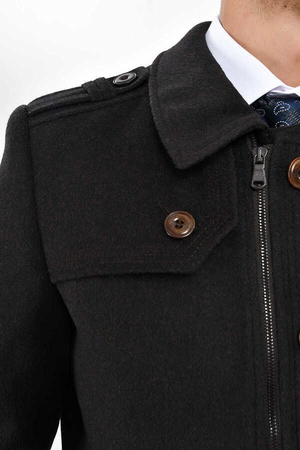 Brown Coat - Thumbnail